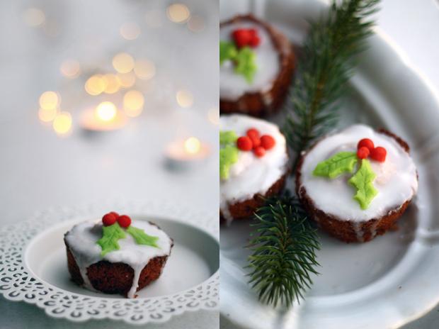 Weihnachts-Schoko-Muffins mit Stechpalmendeko