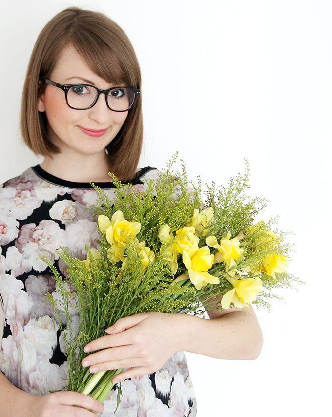 Mit gelber Flower Power gegen das Grau!