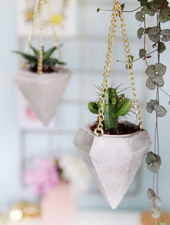 DIY Beton-Diamant als Plant Hanger für Mini-Kakteen (+ Freebie!)