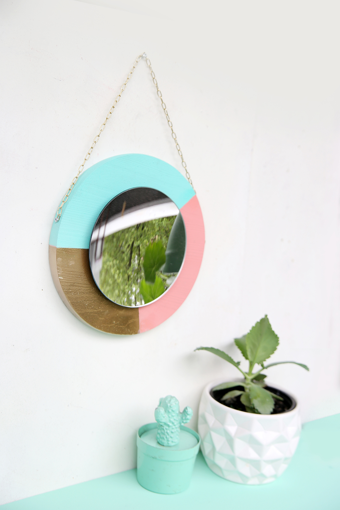 DIY-Spiegel aus Holz selber machen