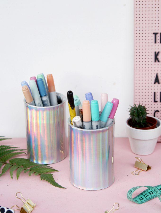 DIY Stiftedosen mit Hologramm-Effekt – Upcycling aus Konservendosen