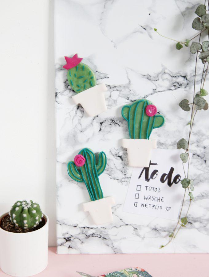 DIY: Kaktus-Magneten aus Fimo und Marmor-Magnetwand