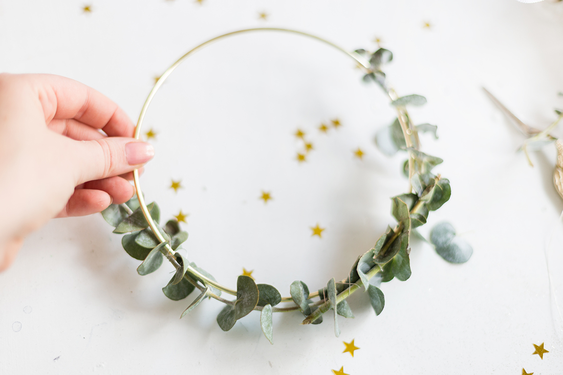Diy Weihnachtsdeko.Diy Einfache Weihnachtsdeko Selbermachen Eukalyptus Diy Kranz 3