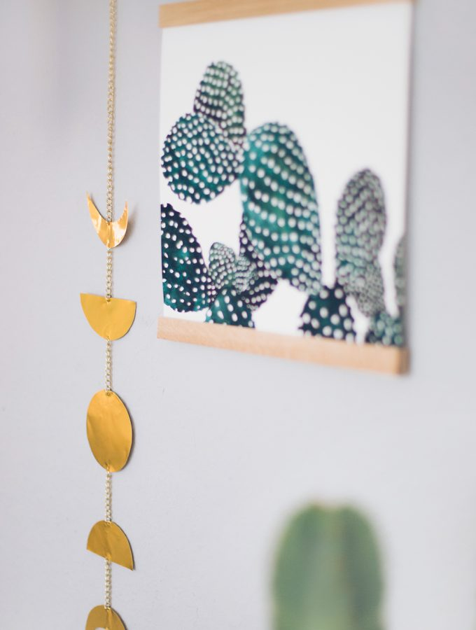 diy-idee-diy-deko-mondphasen-moonphases-goldfolie-do-it-yourself-deko-selbermachen