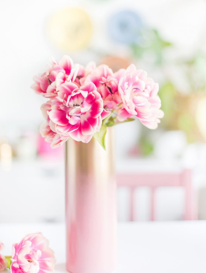 DIY: Vase mit hübschem Farbverlauf mit Rosa und Gold