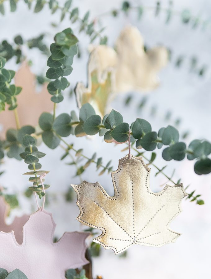 DIY: Herbstblätter aus Kunstleder nähen | ARD-Buffet