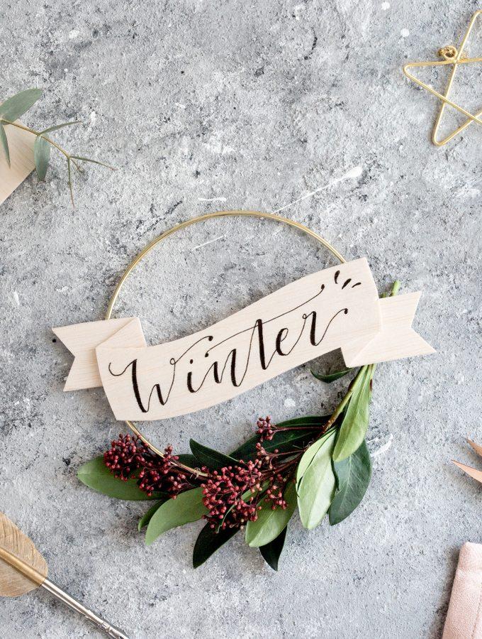 DIY: Winter-Kranz mit Lettering aus Balsaholz