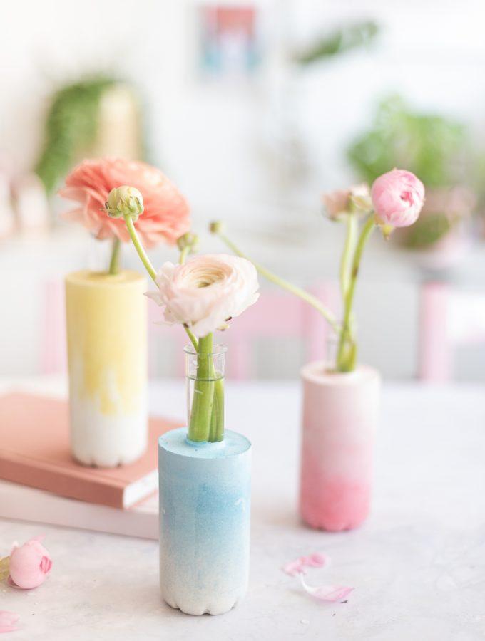 DIY: Beton-Vasen mit Farbverlauf basteln